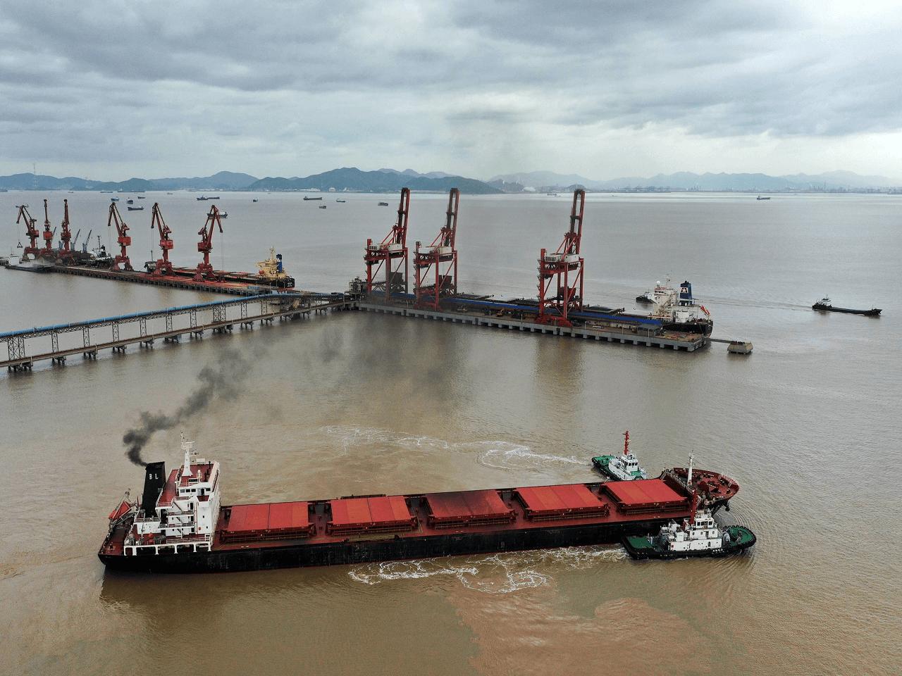 Çin Dünyanın En Yoğun Üçüncü Limanını Kısmen Kapatma Kararı Aldı