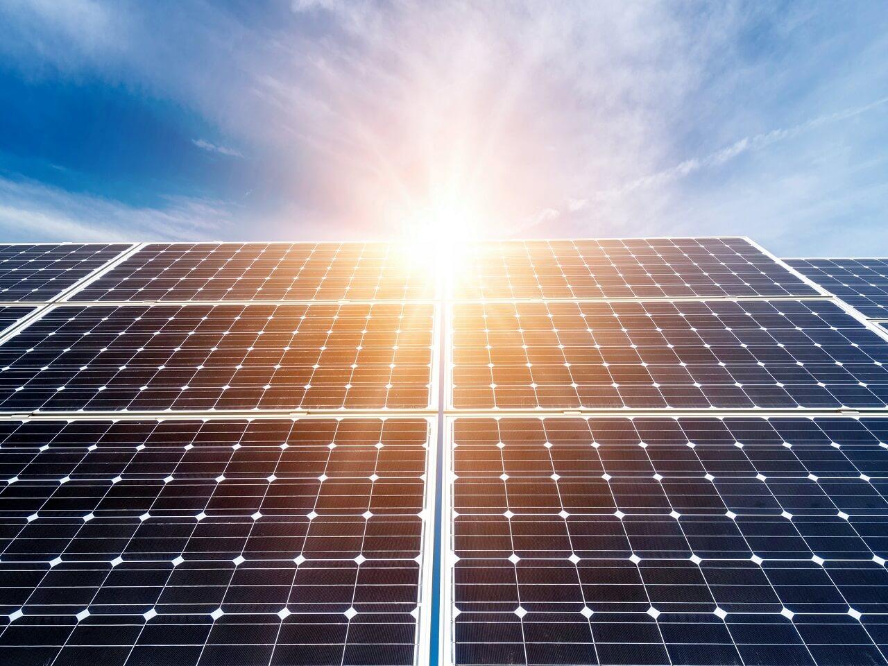 AB Güneş Panellerindeki Önlemleri Kaldırıyor